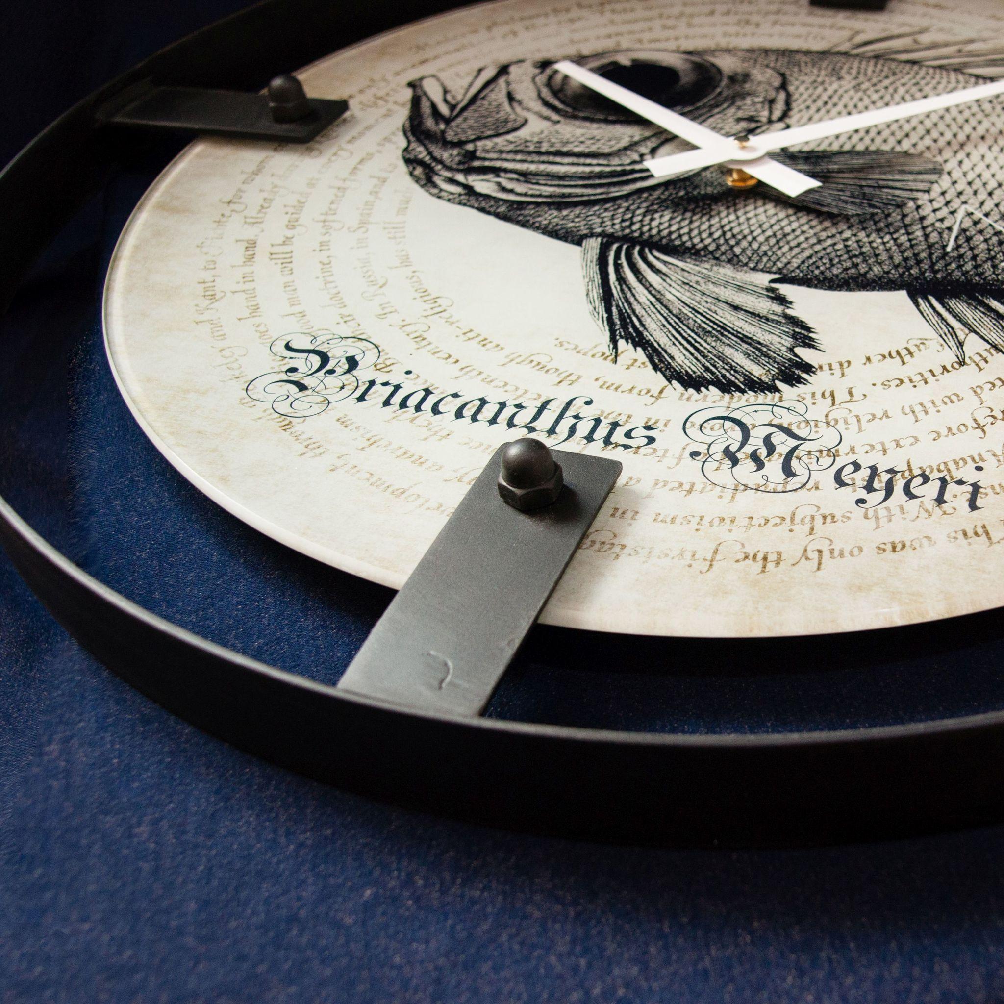 Настенные часы Nicole Time NT151