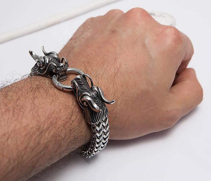 BM475 Тяжелый стальной браслет с драконами (22 см) фото 08