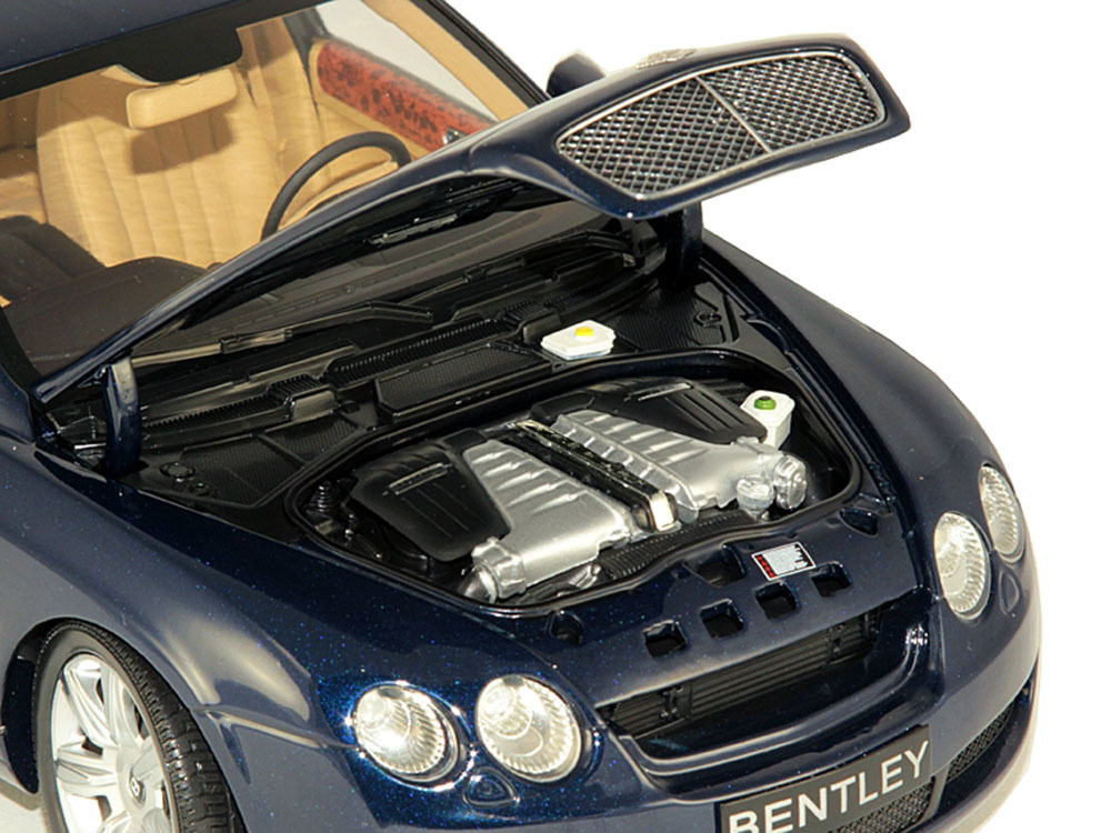 Коллекционная модель Bentley Flying Spur 2005 Blue