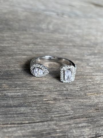 Кольцо Лизи, серебряный цвет