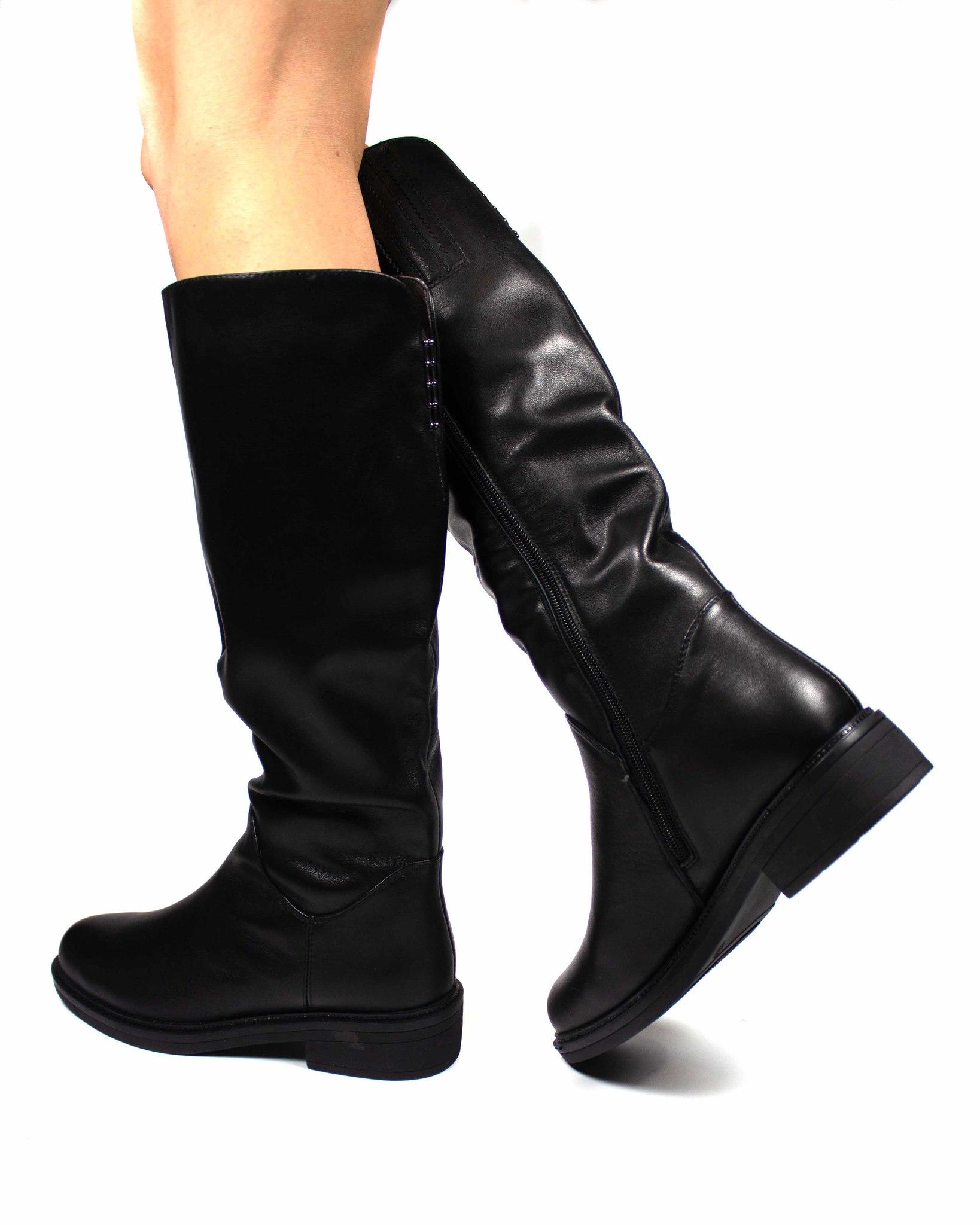 черные сапоги Melani