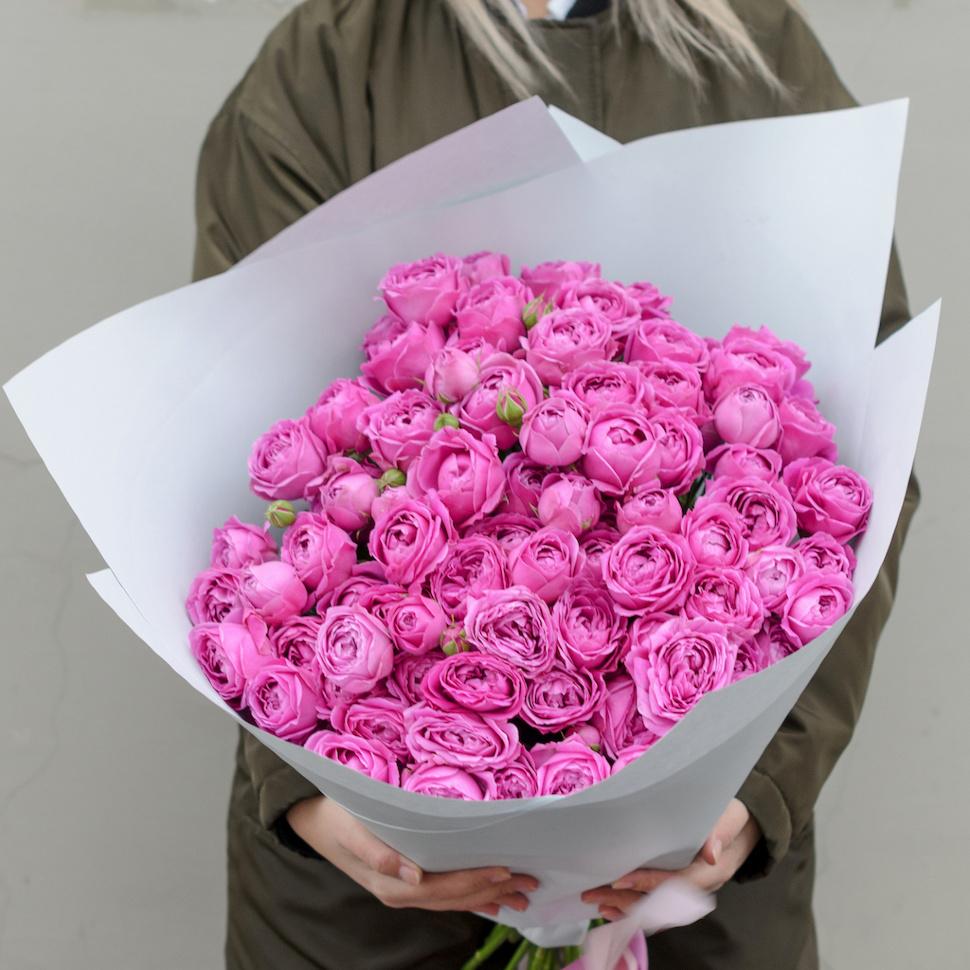 Букет кустовых пионовидных роз Мисти Баблс 29шт купить в Перми