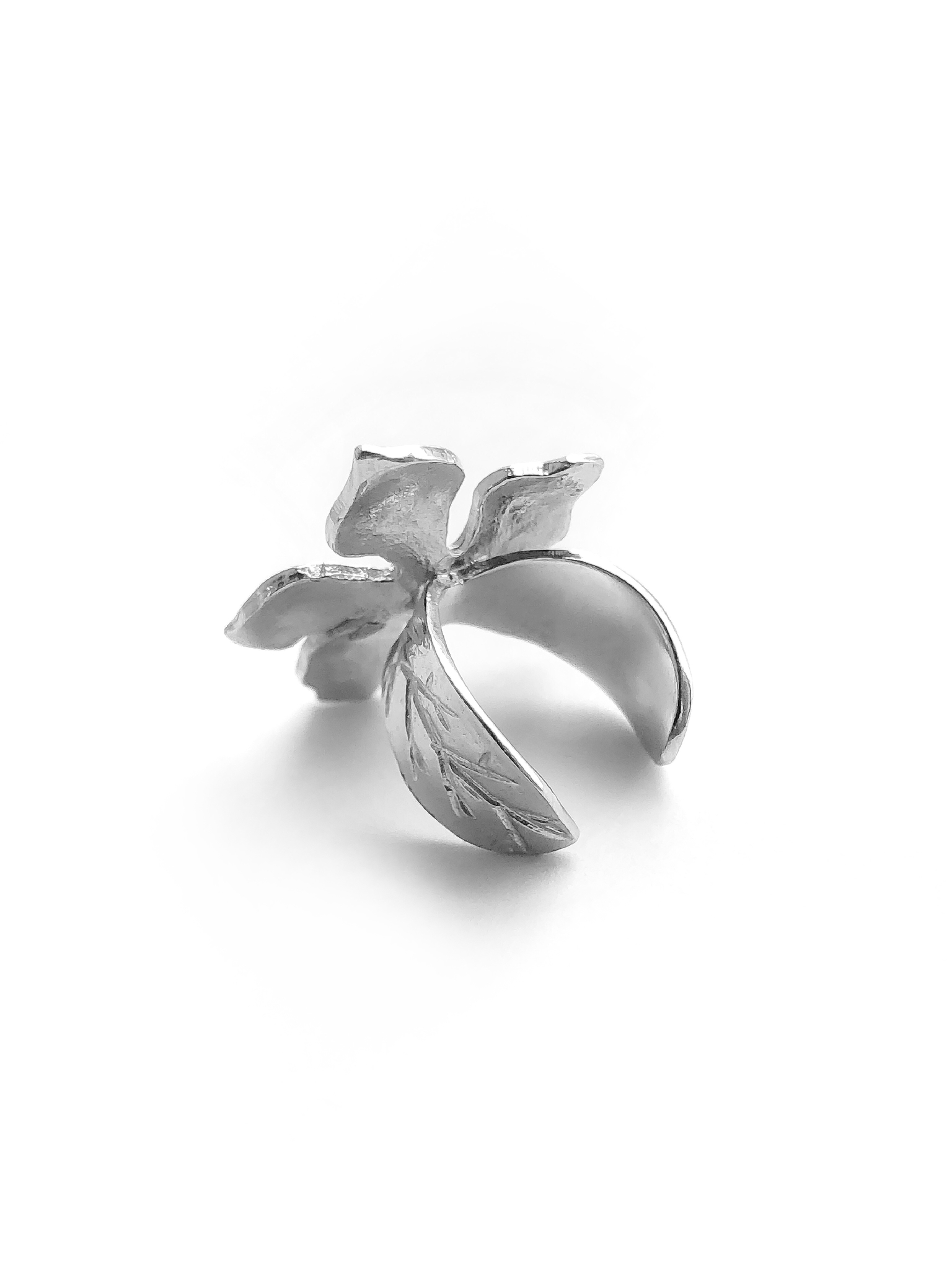 Серебряная серьга-кафф