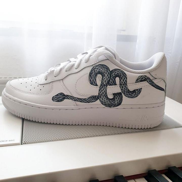 Nike Air Force 1 07 //  Snake B&W