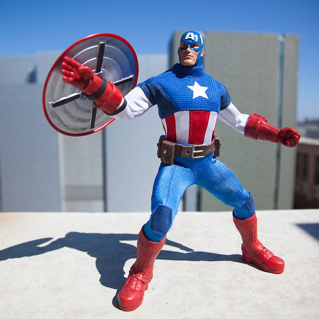 Капитан Америка фигурка Ultimate Premium