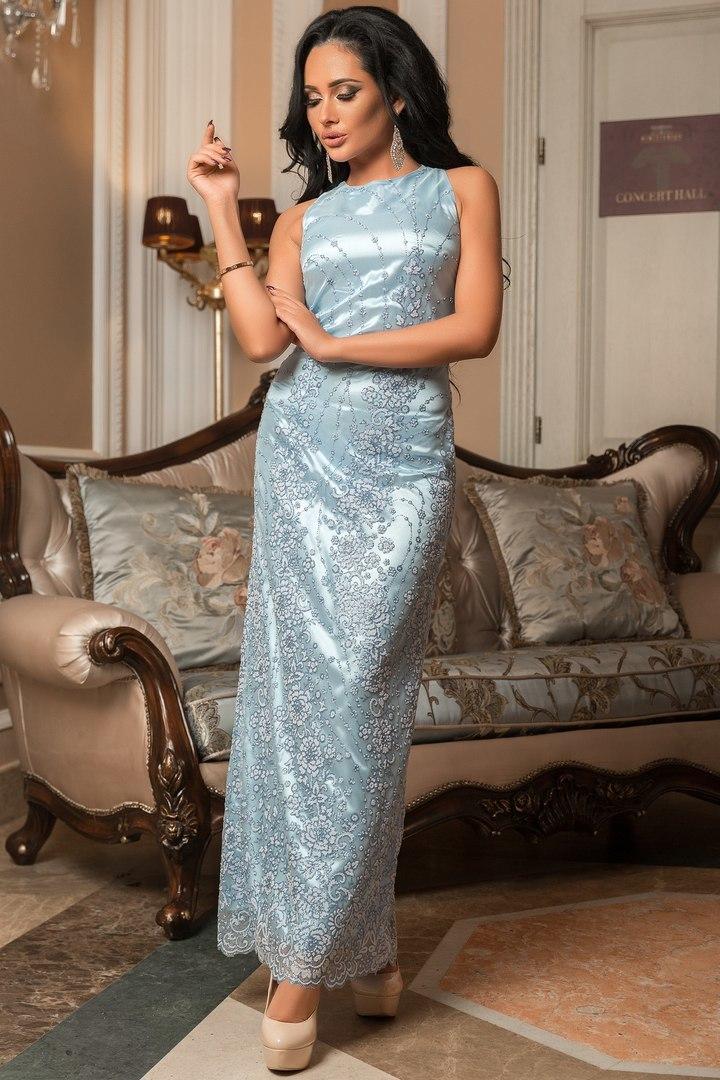 Длинное вечернее платье расшитое бисером и блестками, голубое
