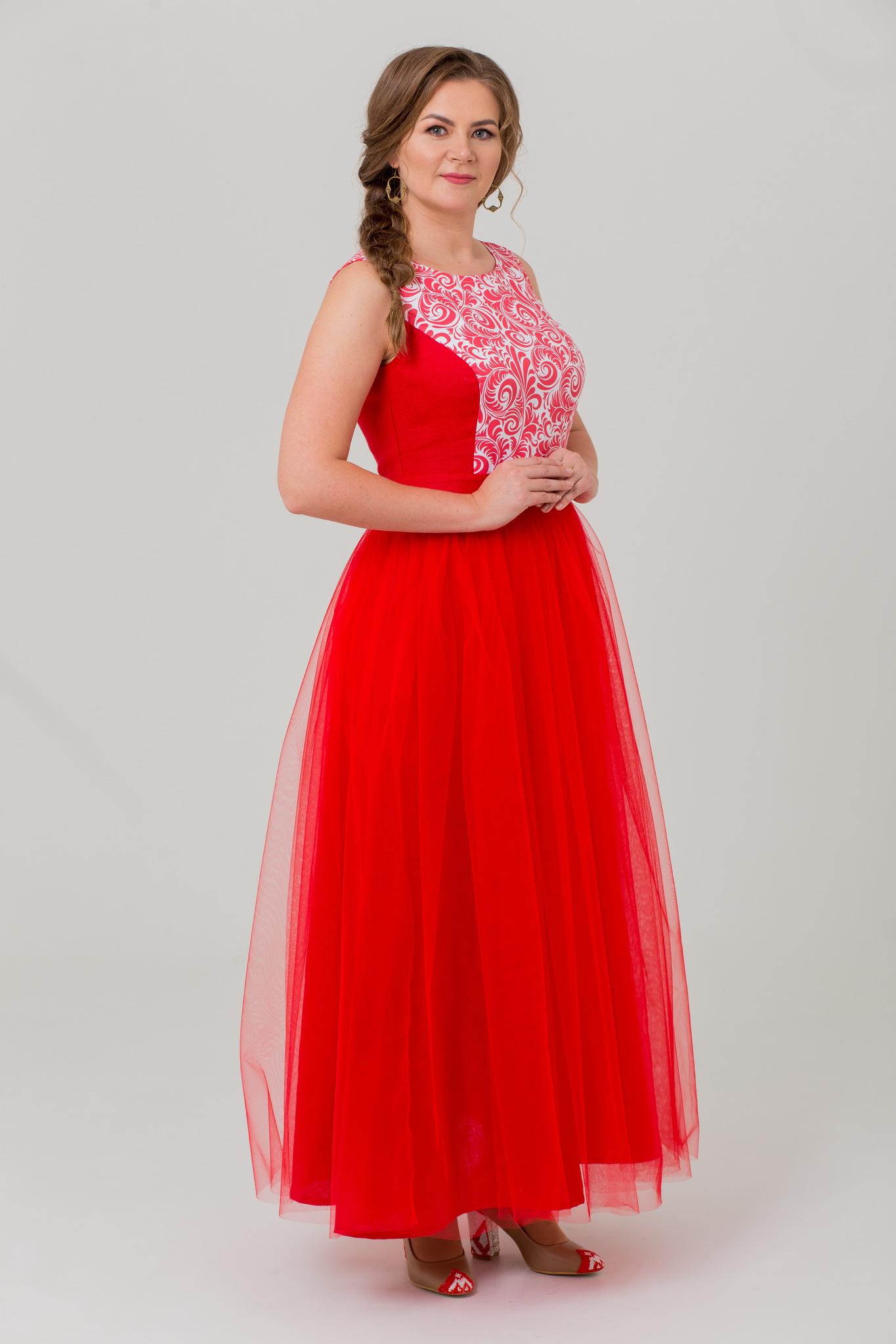 Вечернее длинное платье в русском стиле Аленький цветочек