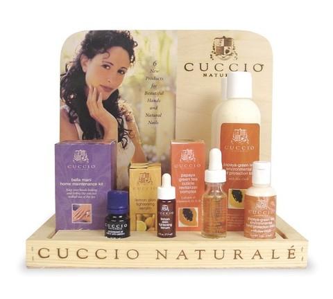 Дисплей с препаратами CUCCIO Naturale линия