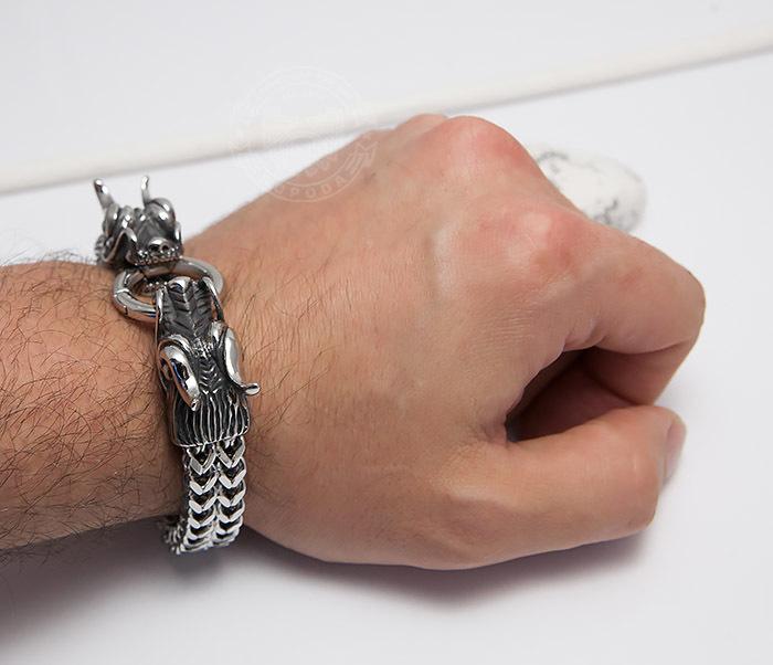 BM475 Тяжелый стальной браслет с драконами (22 см) фото 09