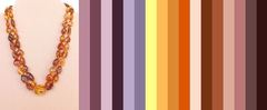 палитра цветов одежды, подходящая к янтарному украшению