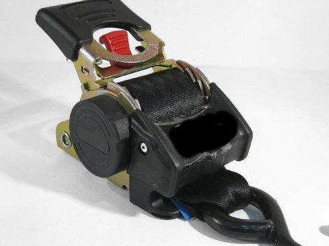 Самозатягивающийся ремень крепления груза 50 мм разрывная нагрузка 1500 кг, 2,7 м, крюк-болт