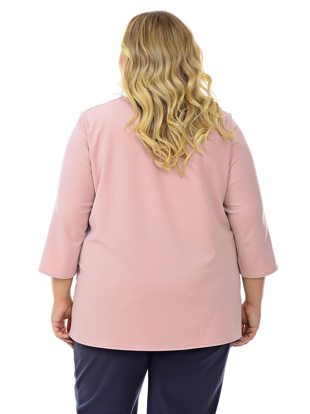 Свободная блуза с вырезом каре