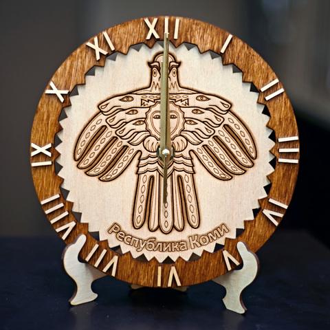 Часы ДекорКоми из дерева Республика Коми