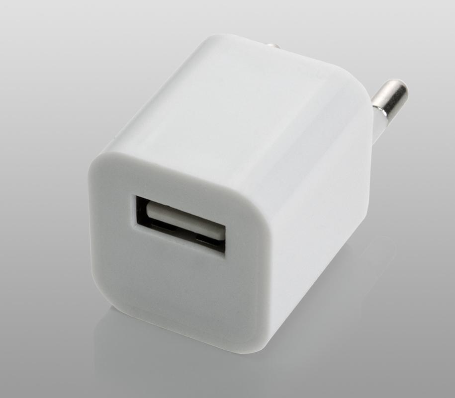 Сетевой адаптер с USB-выходом - фото 2