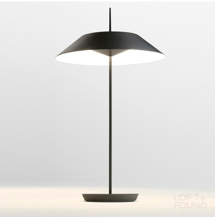 Настольная лампа Vibia