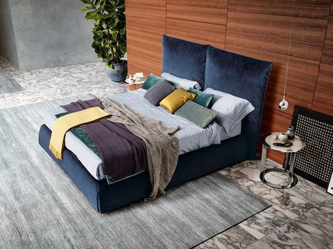 Двуспальная кровать Moire New