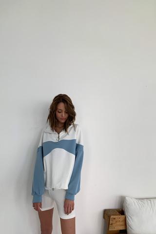 Олимпийка колор-блок бюстье цвета голубой туман/крем