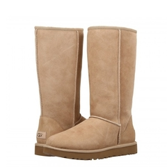 /collection/novinki/product/nepromokaemye-ugg-classic-tall-sand-ii