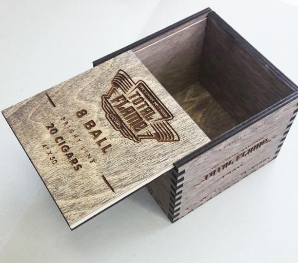 резка коробки из дерева