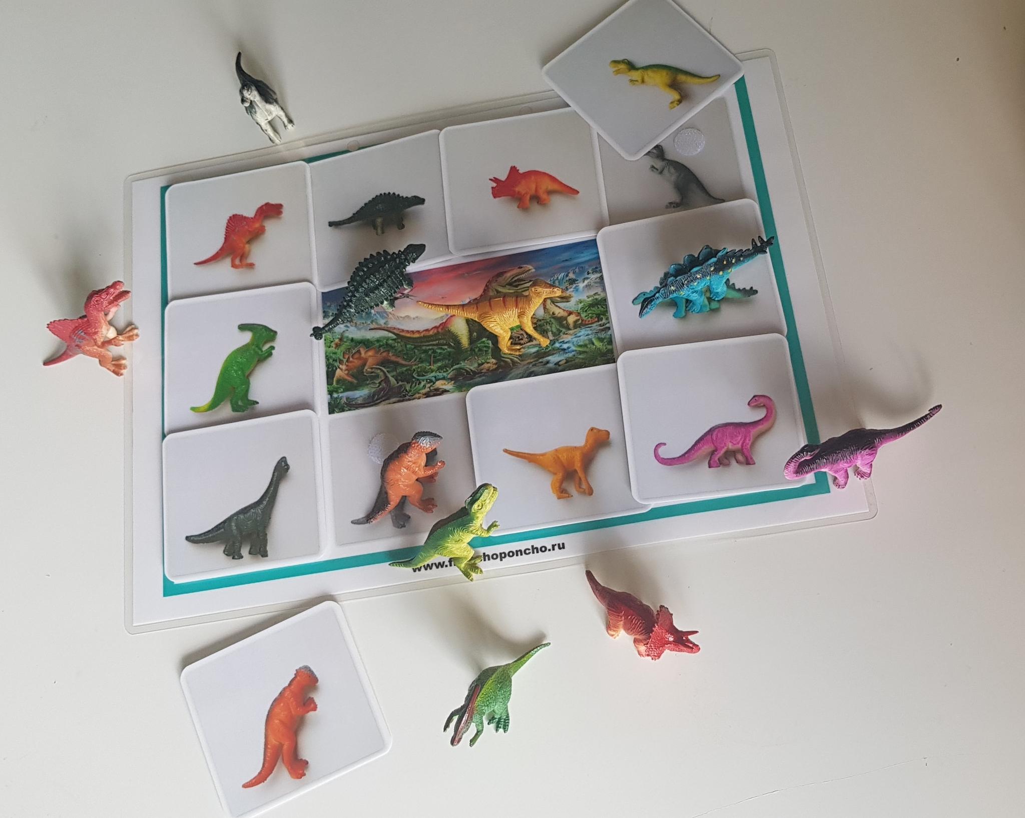 Теневое лото Динозавры с фигурками. Развивающее пособие на липучках Frenchoponcho (Френчопончо)
