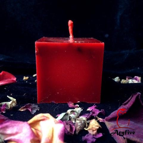 Свеча – ритуал «Страсть»