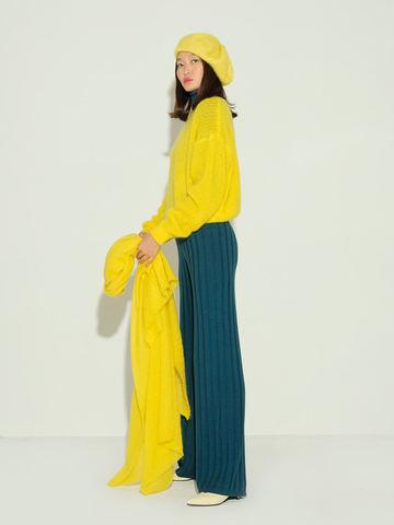 Женский джемпер желтого цвета из мохера и шерсти - фото 6