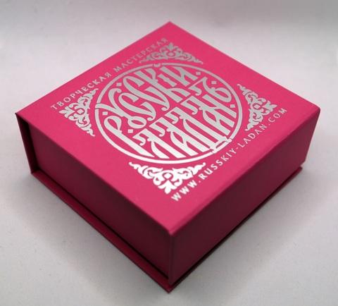 Розовая подарочная упаковка на 150 гр.