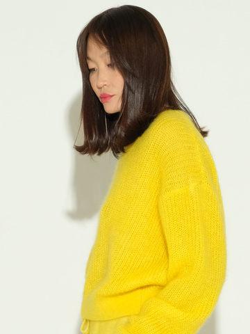Женский джемпер желтого цвета из мохера и шерсти - фото 4