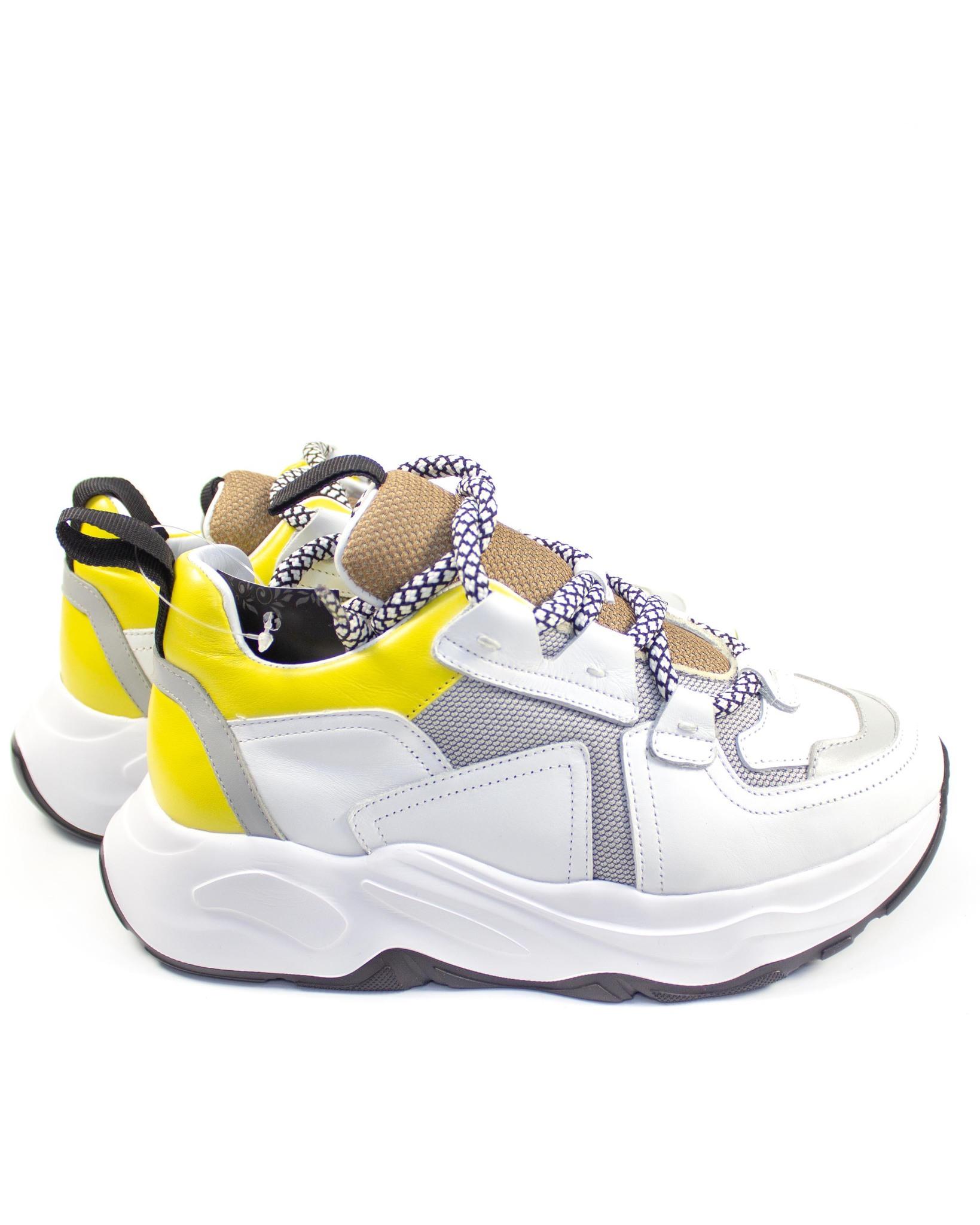белые кроссовки Mario Muzi