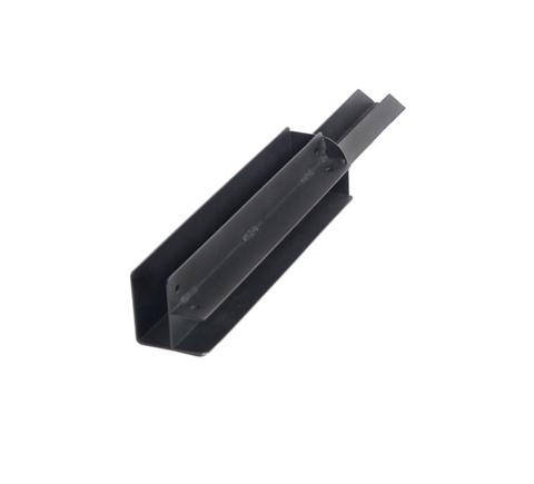 Угловой элемент металлический для досок 300х30 мм