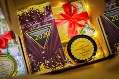 Новогодние корпоративные подарки для строительной компании (пример 2019 год)