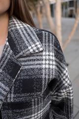Черное осеннее женское пальто оптом