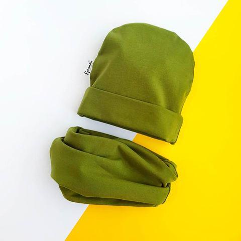 Шапочка со снудом зеленая