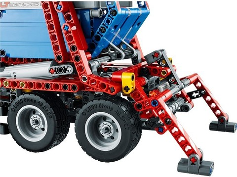 LEGO Technic: Контейнеровоз 42024 — Container Truck — Лего Техник