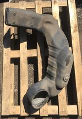 Всасывающий патрубок воздушного фильтра для грузовых автомобилей МАН ТГА (самосвал) б/у.  Оригинальные номера - 81082010532