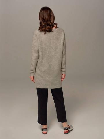 Женский удлиненный джемпер светло-серого цвета с V-образным вырезом - фото 5
