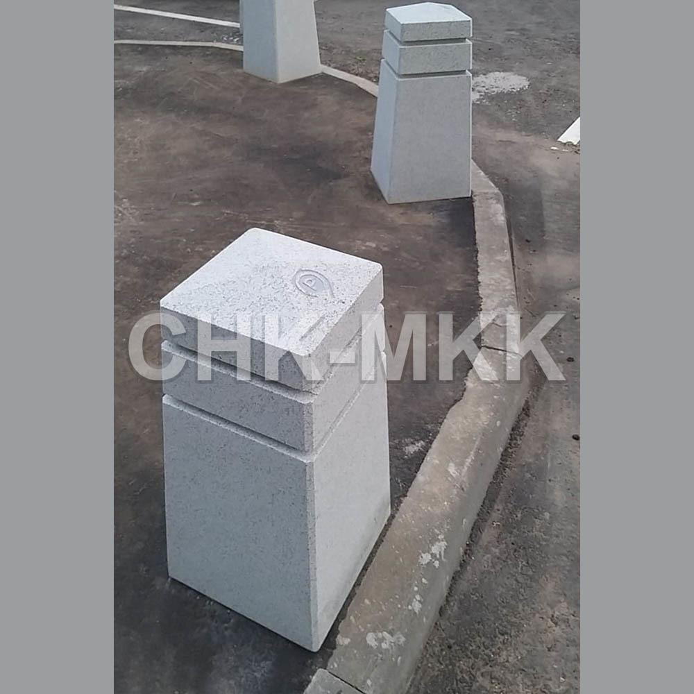 Парковочный столбик из гранита Мансуровской г.Москва