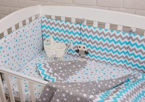 Постельный комплект в детскую кроватку