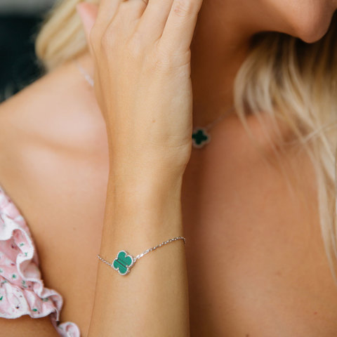 Браслет Клевер (зеленый, серебристый)