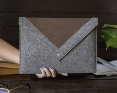 Серый конверт Gmakin для Macbook с треугольной крышкой
