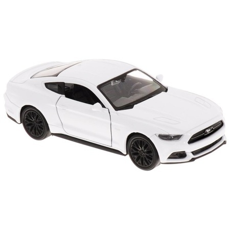 Машинка-игрушка Ford Mustang GT 2015