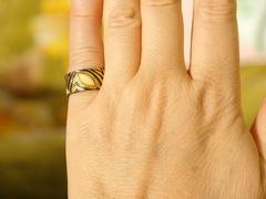 Парча-молочный (кольцо + серьги из серебра)
