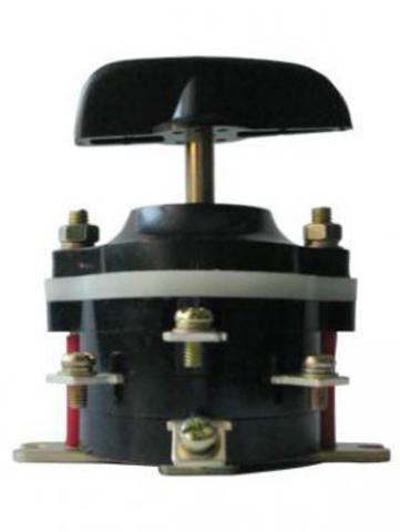 Пакетный переключатель ПП 3-40/Н2 исп.3 3П 40А 220В IP00 TDM