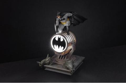 Светильник DC. Batman Figurine Light || Бэтмен на бэт-сигнале