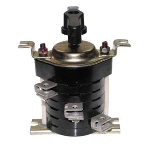 Пакетный переключатель ПП 3-63/Н2 исп.1 3П 63А 220В IP00 TDM