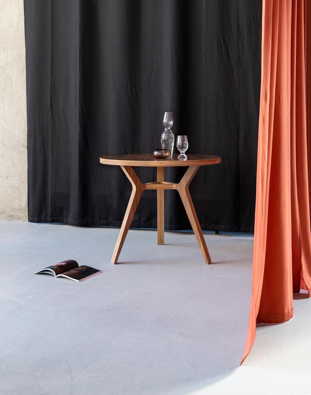 Стол Täby Ø90 - вид 2