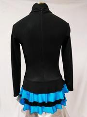 черно-голубой