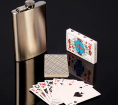 Подарочный набор 2-в-1 с фляжкой и картами, фото 2
