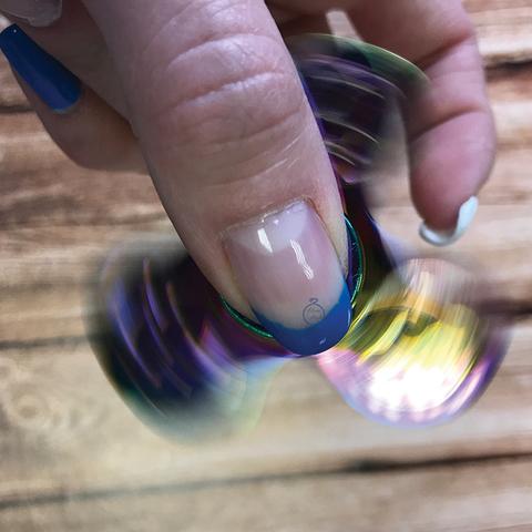 Спиннер металлический трехлучевой цвет хамелеон trdnt_002