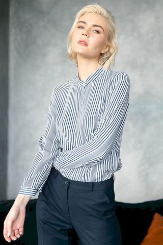 Фото блузка в тонкую вертикальную полоску - Блуза Г726а-119 (1)